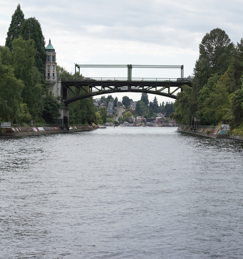 Montlake_Bridge_crop